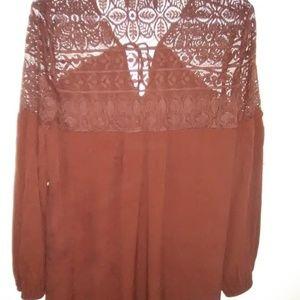 Anna Grace Long sleeve top.